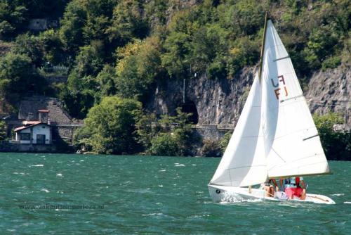 Zeilboot-huren-porlezza